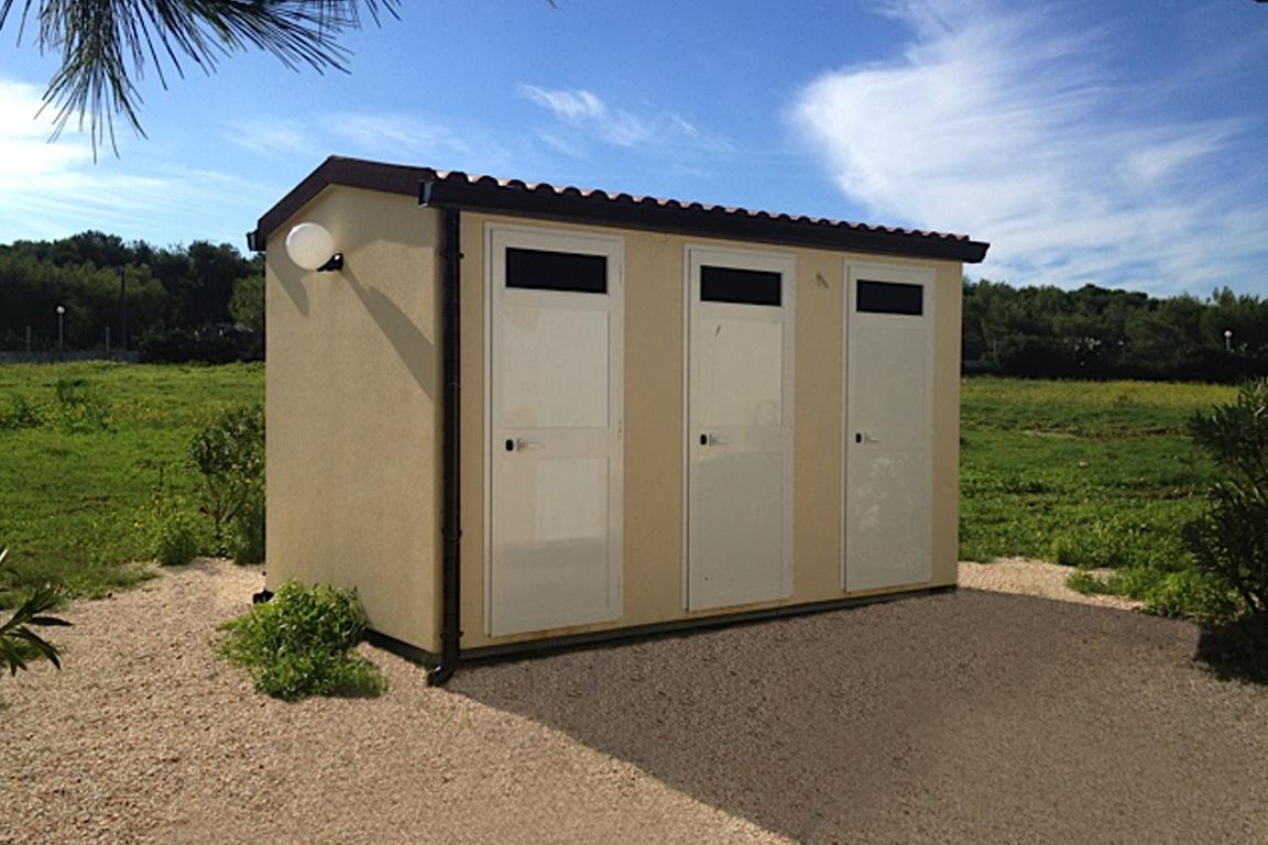 Modulo doccia prefabbricato per campeggi stabilimenti balneari e